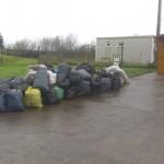 hulladékos zsákok a volt hulladékudvar előtt